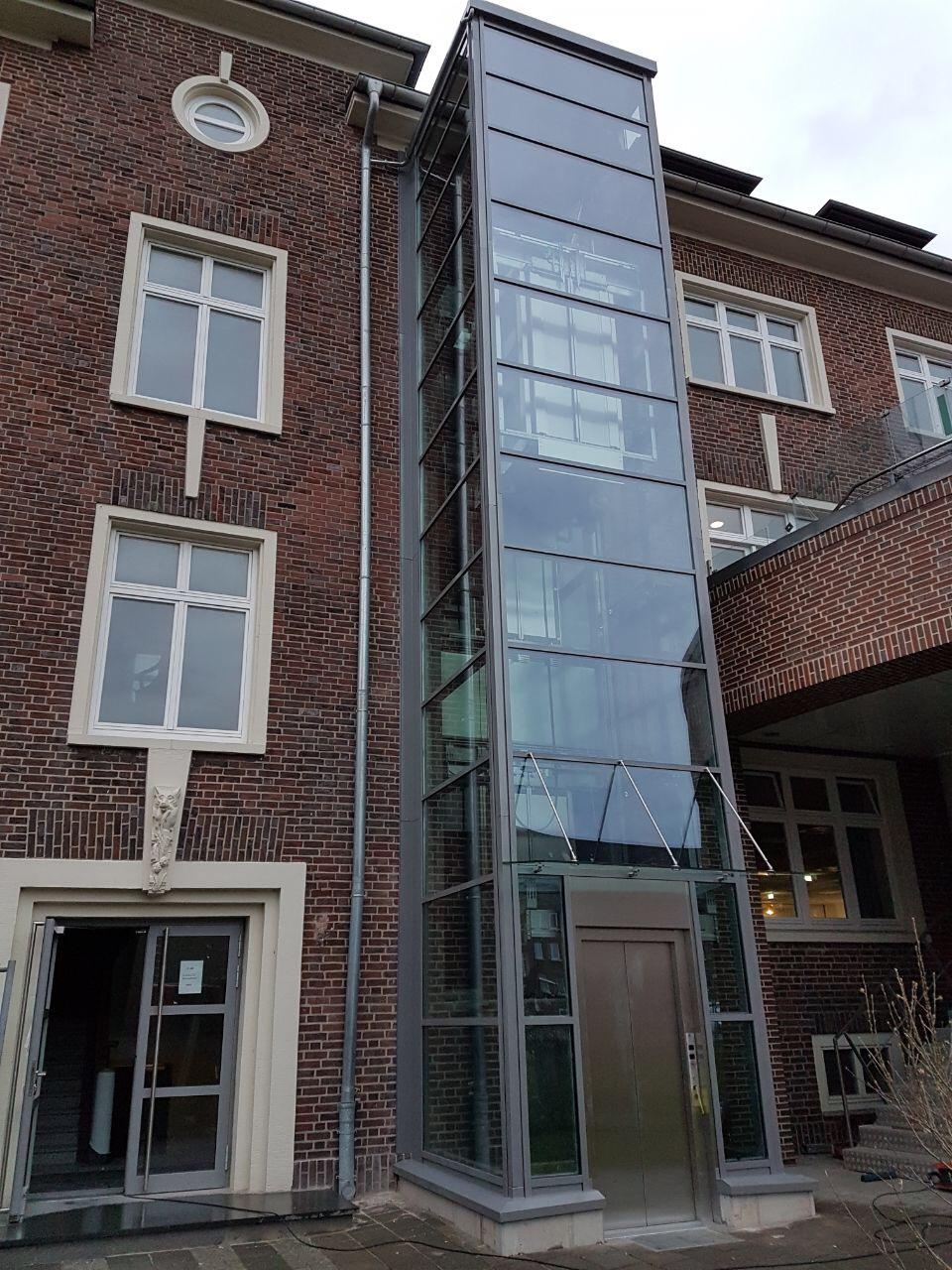 Aufzug in Bremerhaven